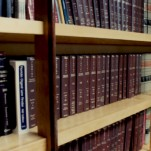 Book_shelves2_lrg_082901