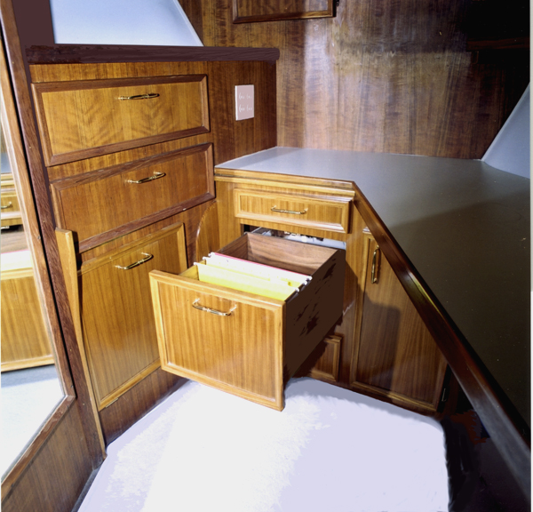 Cabin_drawer_lrg_082801